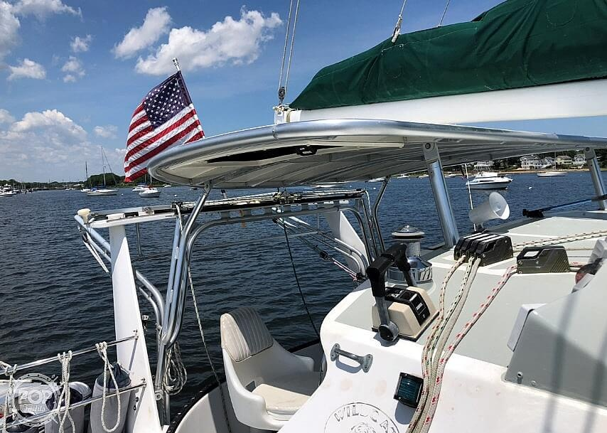 1999 Wildcat boat for sale, model of the boat is 350 Wildcat & Image # 8 of 40
