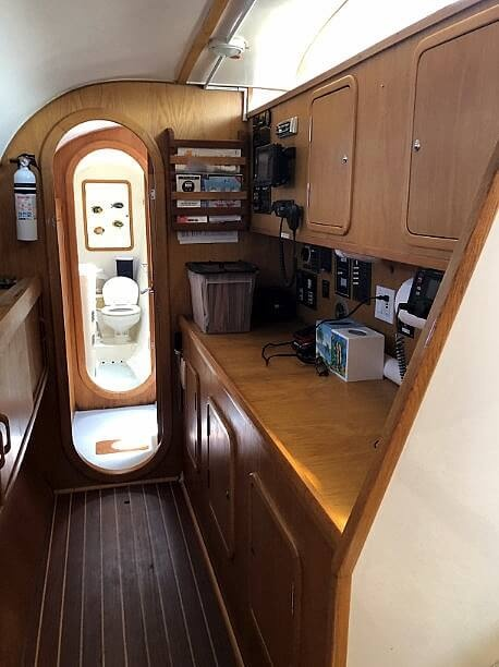 1999 Wildcat boat for sale, model of the boat is 350 Wildcat & Image # 19 of 40