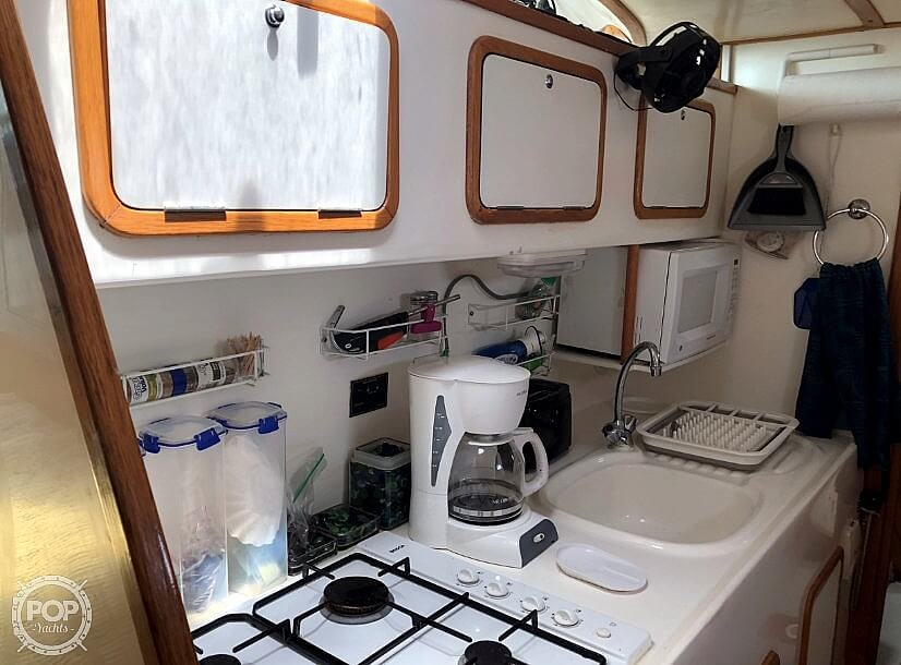 1999 Wildcat boat for sale, model of the boat is 350 Wildcat & Image # 23 of 40