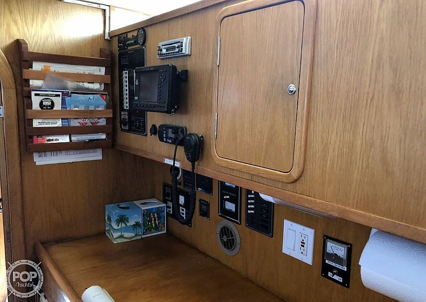 1999 Wildcat boat for sale, model of the boat is 350 Wildcat & Image # 26 of 40