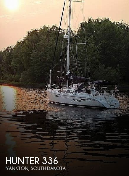 Used Boats For Sale in South Dakota by owner | 1995 Hunter 336