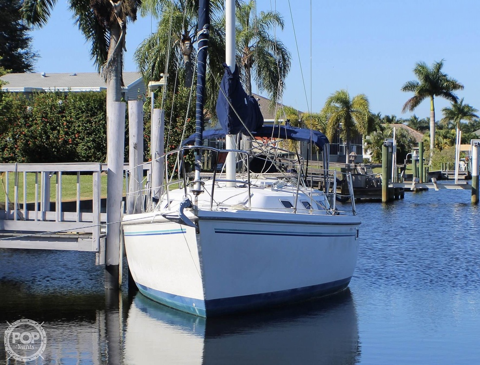 1997 Catalina Yachts boat for sale, model of the boat is 30 MKIII & Image # 4 of 40