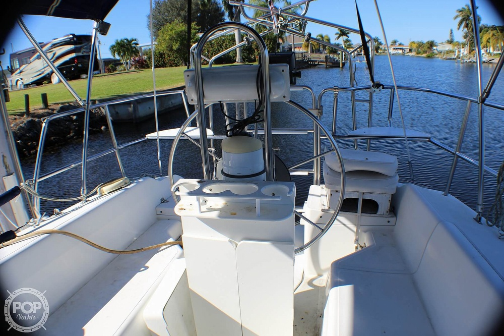 1997 Catalina Yachts boat for sale, model of the boat is 30 MKIII & Image # 8 of 40