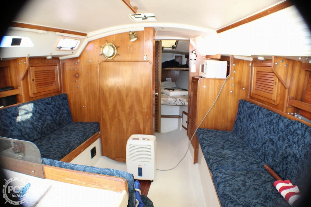 1997 Catalina Yachts boat for sale, model of the boat is 30 MKIII & Image # 9 of 40