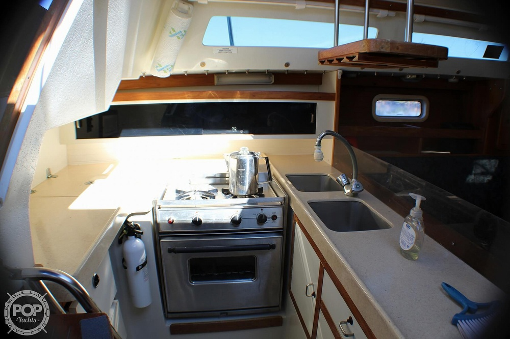 1997 Catalina Yachts boat for sale, model of the boat is 30 MKIII & Image # 11 of 40