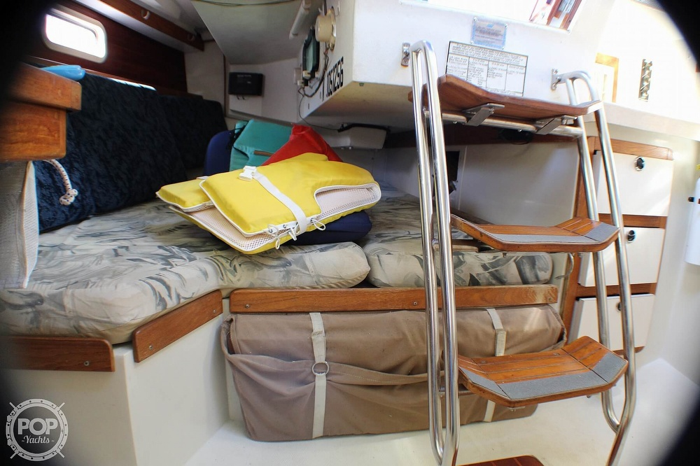 1997 Catalina Yachts boat for sale, model of the boat is 30 MKIII & Image # 12 of 40