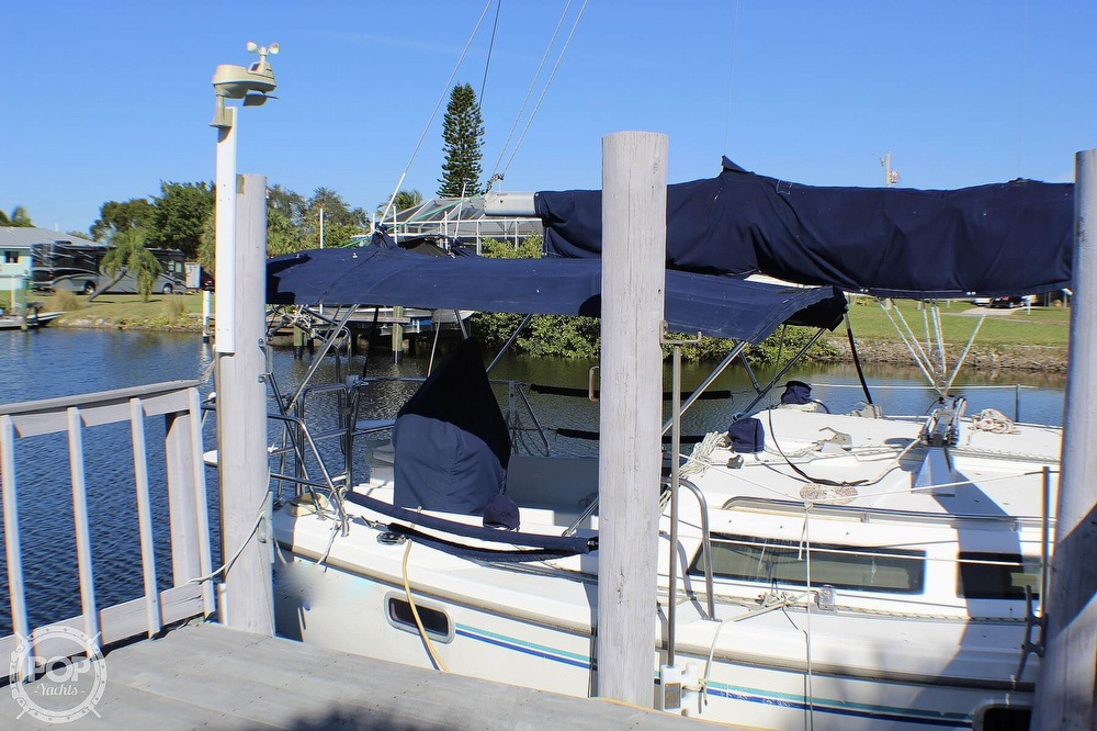 1997 Catalina Yachts boat for sale, model of the boat is 30 MKIII & Image # 18 of 40