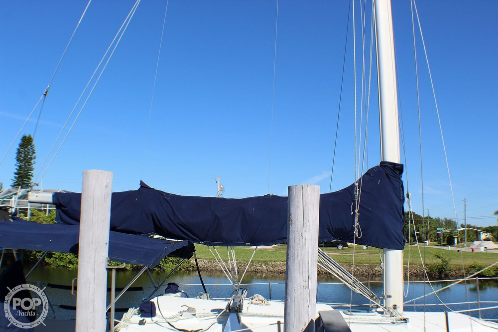 1997 Catalina Yachts boat for sale, model of the boat is 30 MKIII & Image # 19 of 40