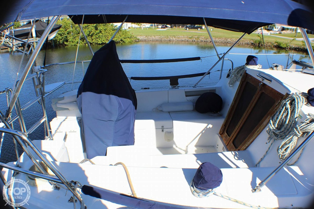 1997 Catalina Yachts boat for sale, model of the boat is 30 MKIII & Image # 23 of 40