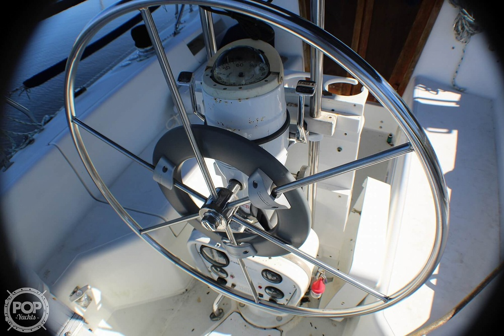 1997 Catalina Yachts boat for sale, model of the boat is 30 MKIII & Image # 33 of 40