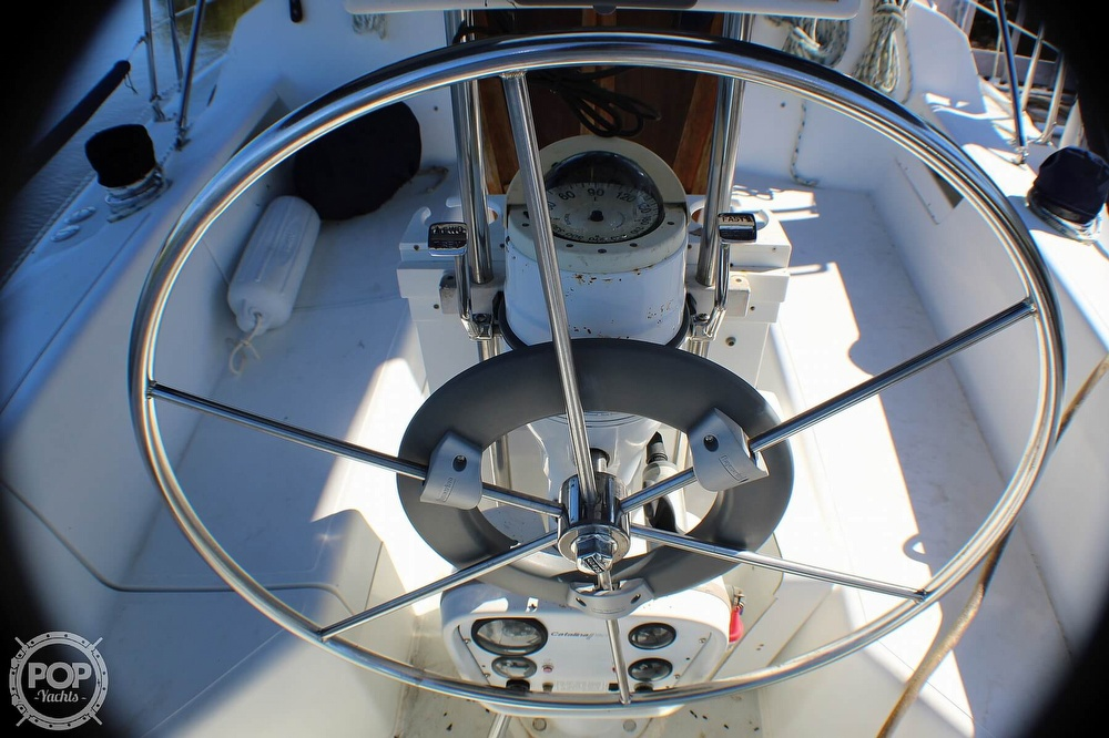 1997 Catalina Yachts boat for sale, model of the boat is 30 MKIII & Image # 35 of 40