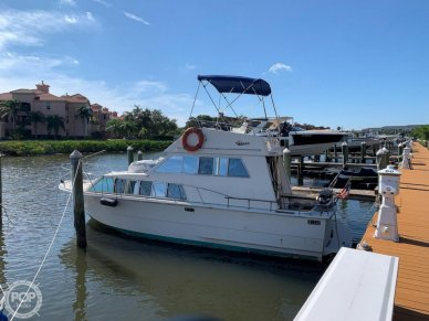 Carver 33 foot Voyager, 33, for sale - $24,750