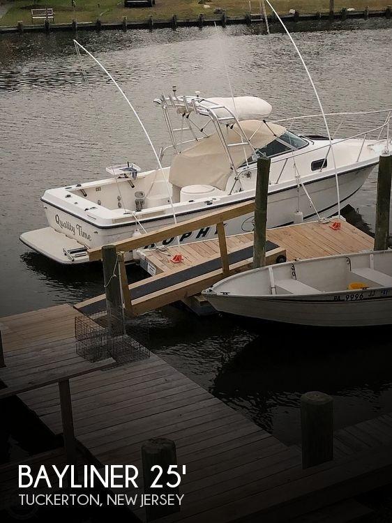 Used Bayliner 23 Boats For Sale by owner | 2000 Bayliner Trophy 2352