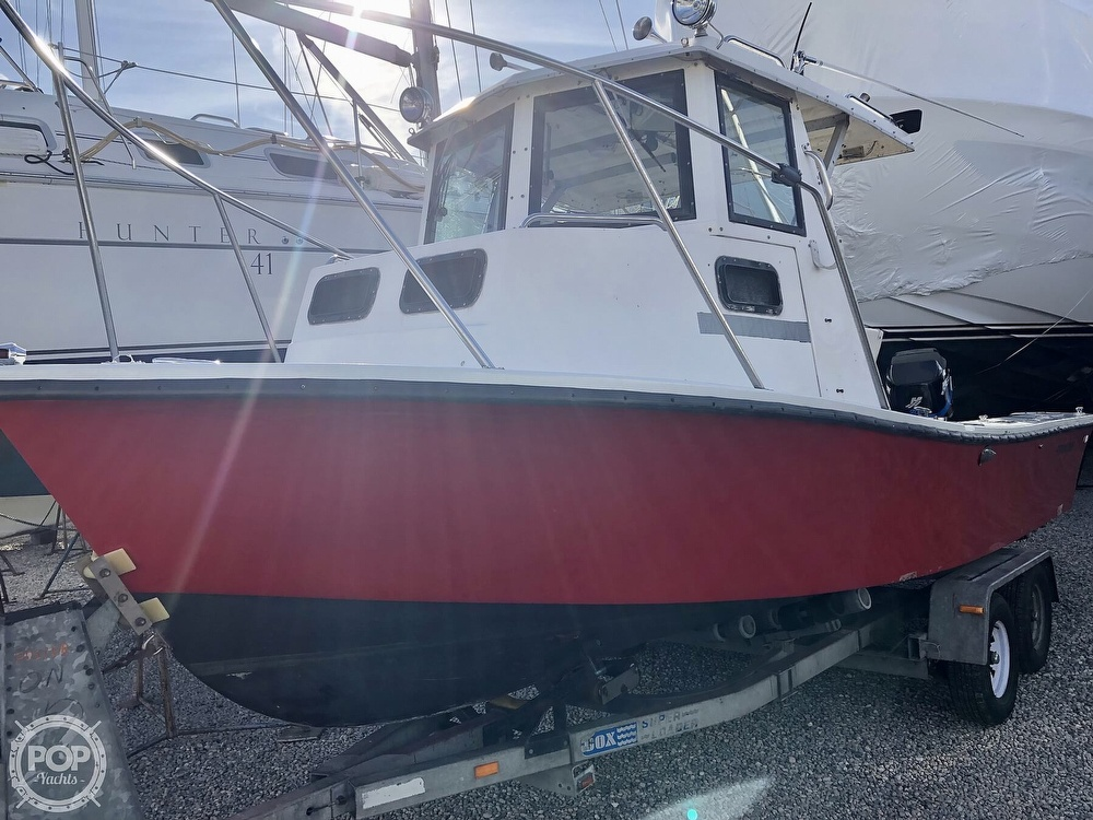 1985 Privateer boat for sale, model of the boat is 22 Open & Image # 10 of 41