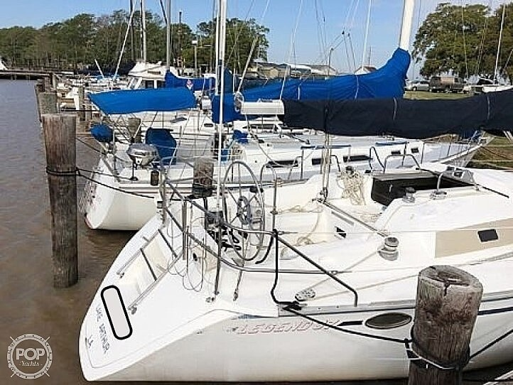 1987 Hunter boat for sale, model of the boat is 37 Legend & Image # 5 of 40