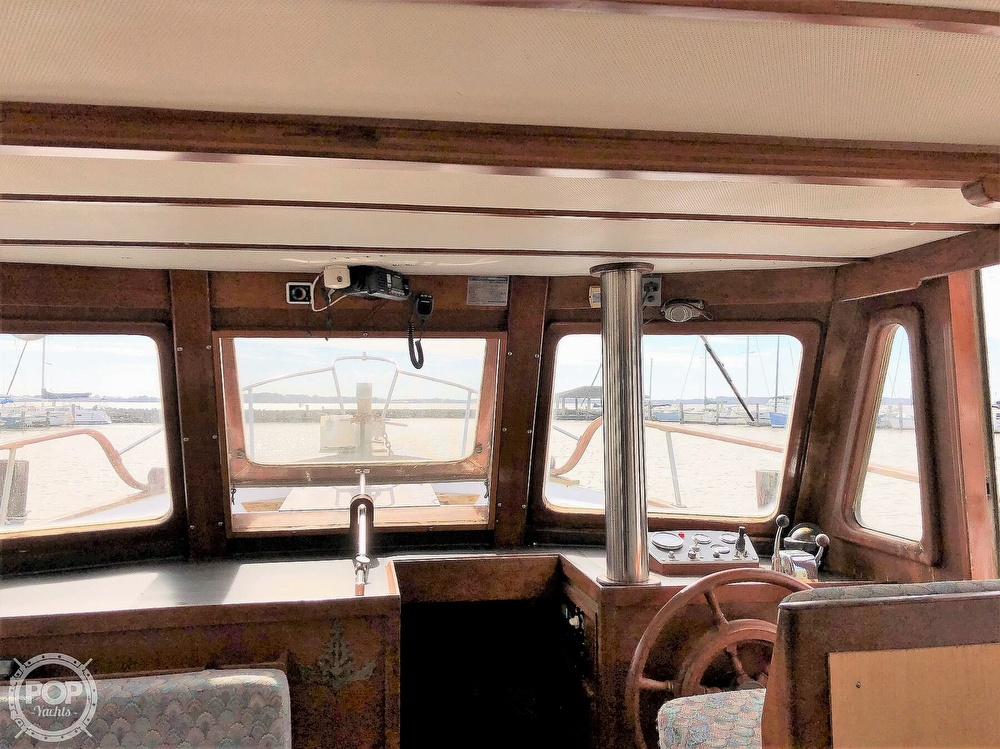 1979 Marine Trader boat for sale, model of the boat is 37 Double Cabin & Image # 7 of 40