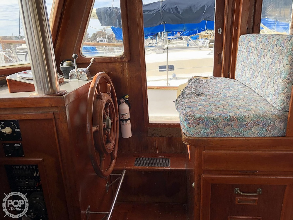 1979 Marine Trader boat for sale, model of the boat is 37 Double Cabin & Image # 15 of 40