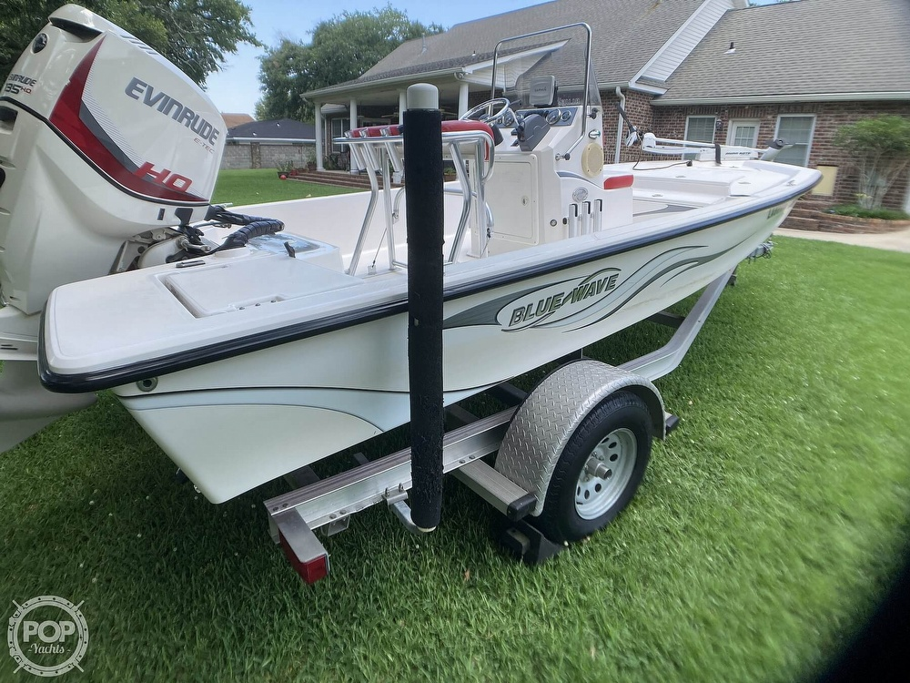 2015 Blue Wave boat for sale, model of the boat is 1900 STL & Image # 26 of 40