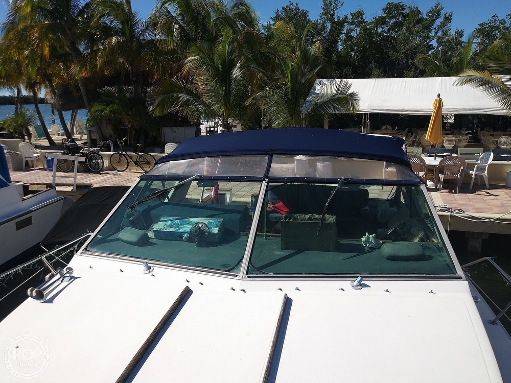 1985 Sea Ray boat for sale, model of the boat is 390 Express Cruiser & Image # 31 of 40