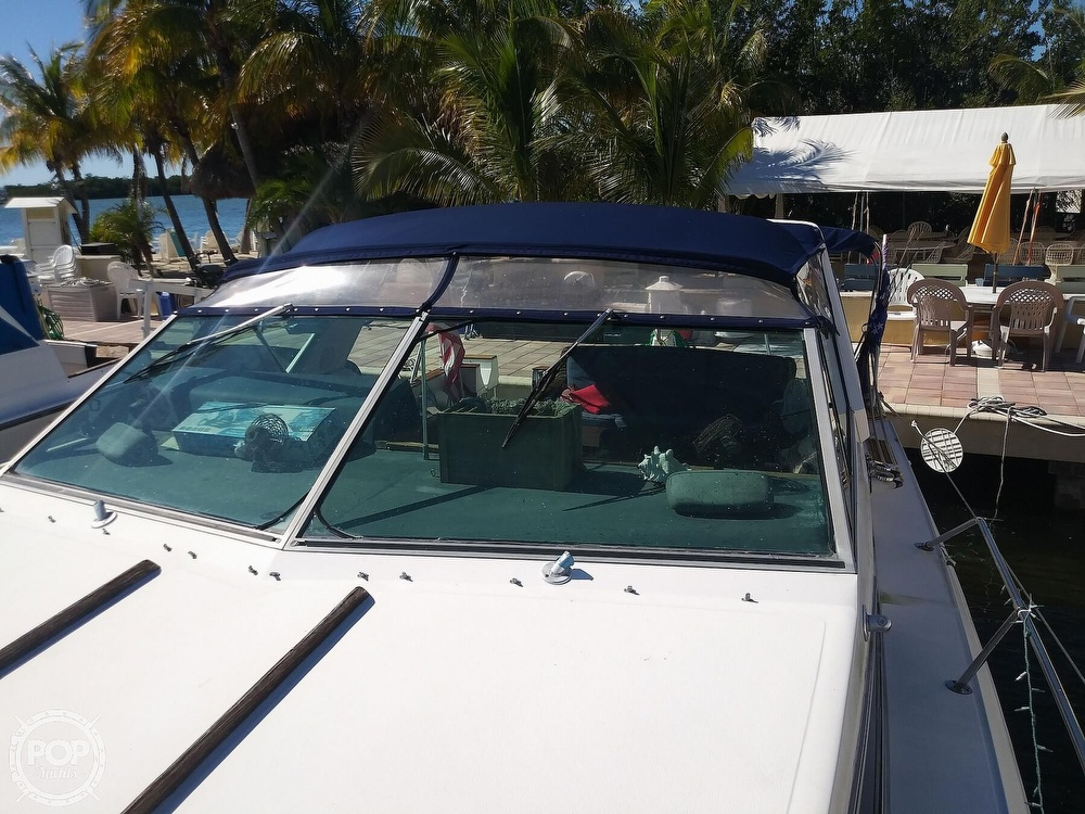 1985 Sea Ray boat for sale, model of the boat is 390 Express Cruiser & Image # 32 of 40