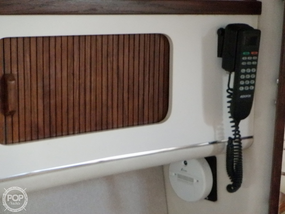 1992 Sea Ray boat for sale, model of the boat is 330 & Image # 11 of 41