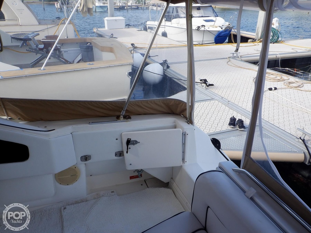 1992 Sea Ray boat for sale, model of the boat is 330 & Image # 23 of 41