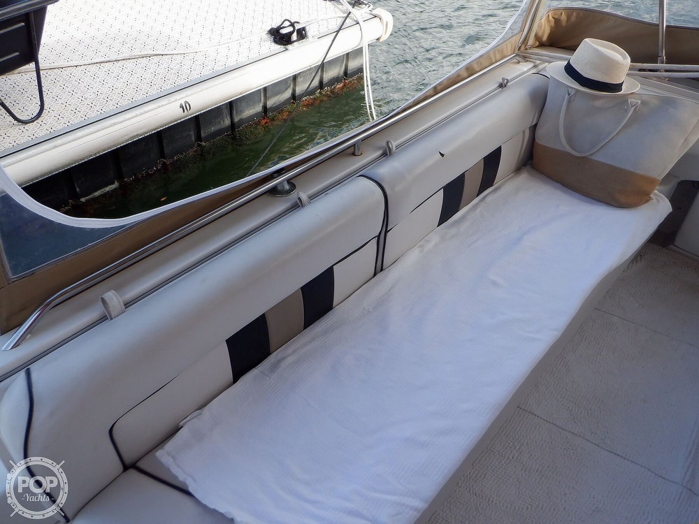 1992 Sea Ray boat for sale, model of the boat is 330 & Image # 26 of 41