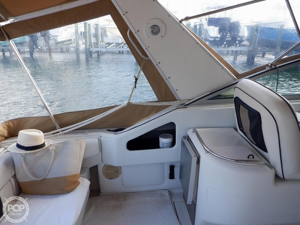 1992 Sea Ray boat for sale, model of the boat is 330 & Image # 28 of 41