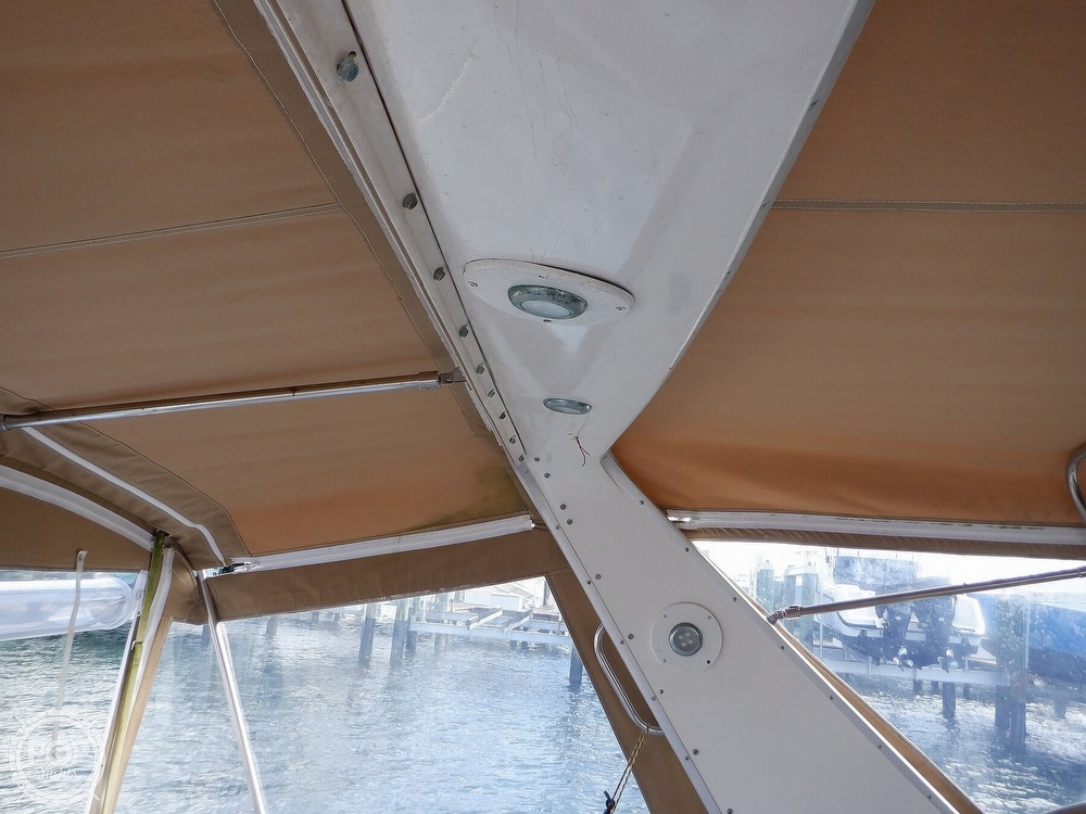 1992 Sea Ray boat for sale, model of the boat is 330 & Image # 29 of 41