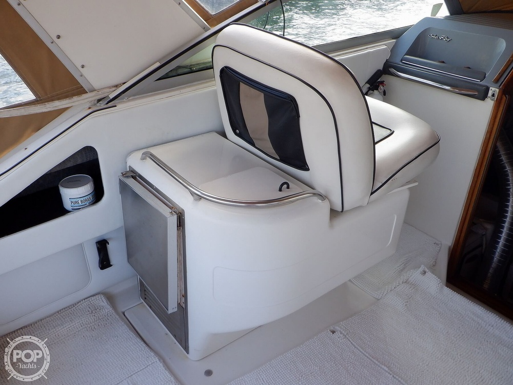 1992 Sea Ray boat for sale, model of the boat is 330 & Image # 30 of 41