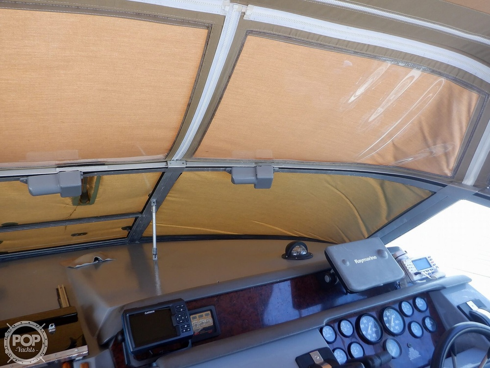 1992 Sea Ray boat for sale, model of the boat is 330 & Image # 39 of 41