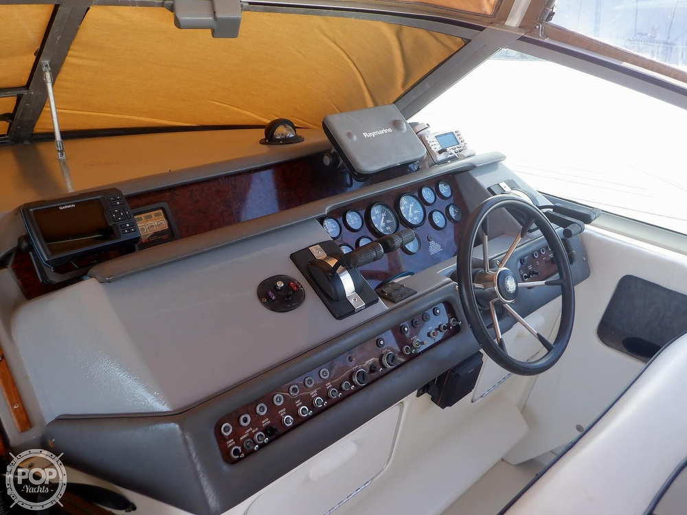 1992 Sea Ray boat for sale, model of the boat is 330 & Image # 40 of 41