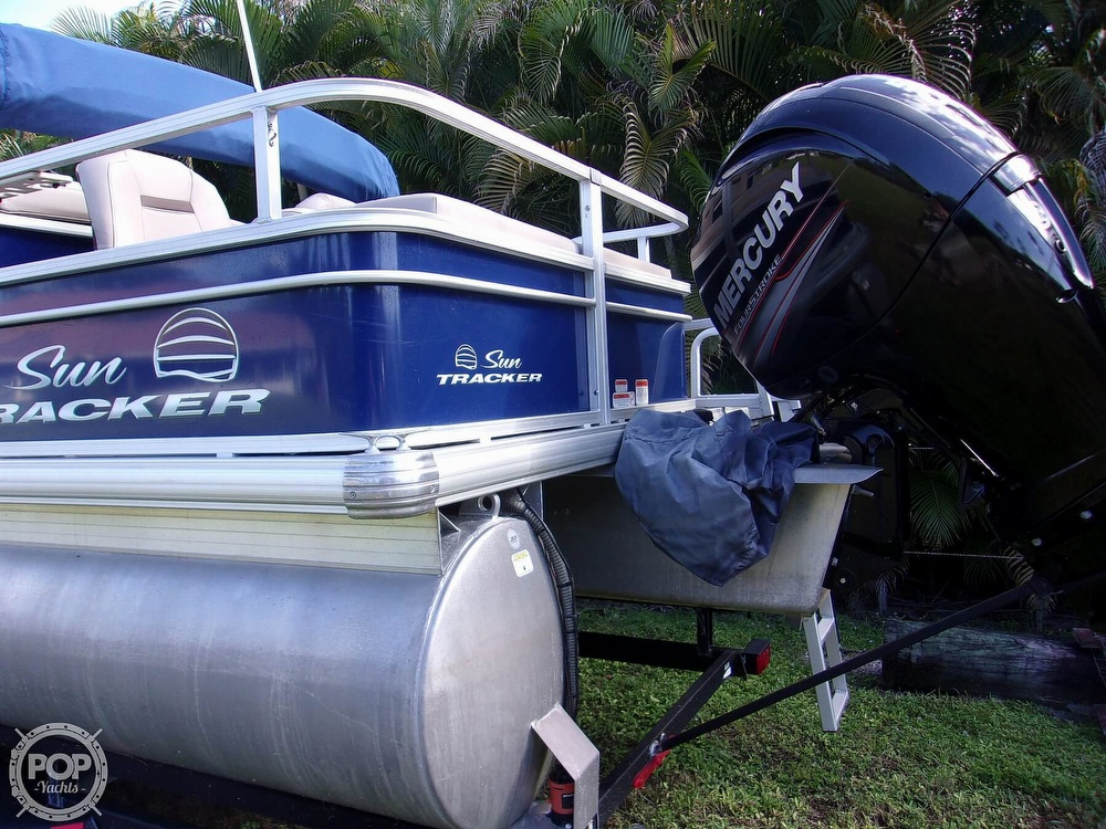 2017 Sun Tracker boat for sale, model of the boat is FB 24 & Image # 5 of 41