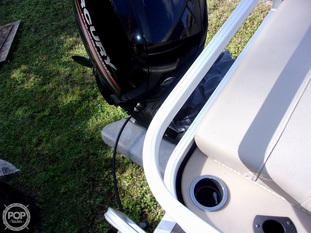 2017 Sun Tracker boat for sale, model of the boat is FB 24 & Image # 16 of 41