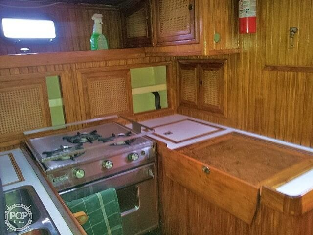 1983 Pan Oceanic boat for sale, model of the boat is 38 & Image # 6 of 13