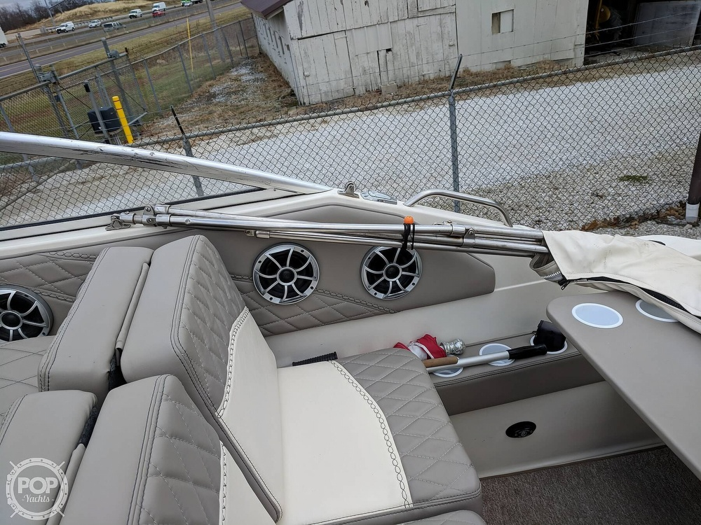 2001 Maxum boat for sale, model of the boat is 2400 SCR & Image # 22 of 40