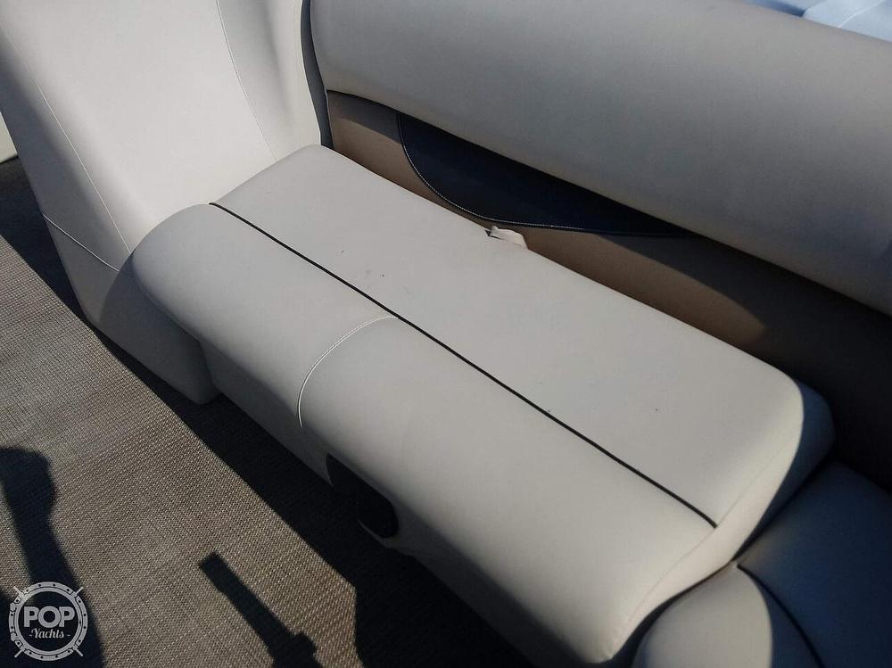 2017 Bentley 240 SE Cruise - image 21