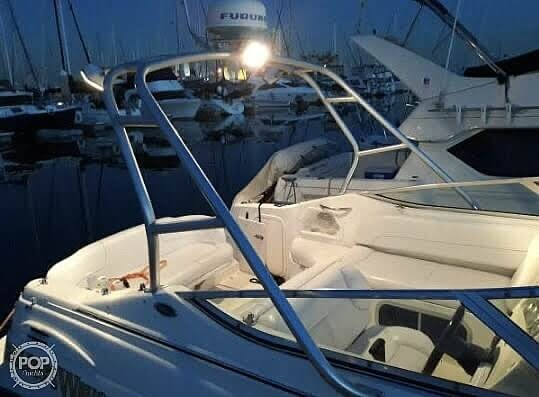 2000 Chaparral boat for sale, model of the boat is Signature 240 & Image # 2 of 40