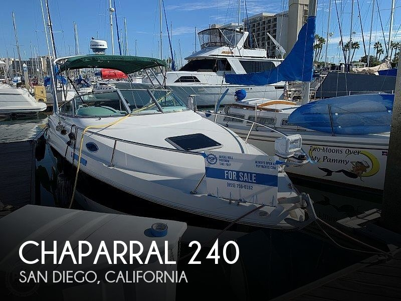 2000 Chaparral boat for sale, model of the boat is Signature 240 & Image # 1 of 40