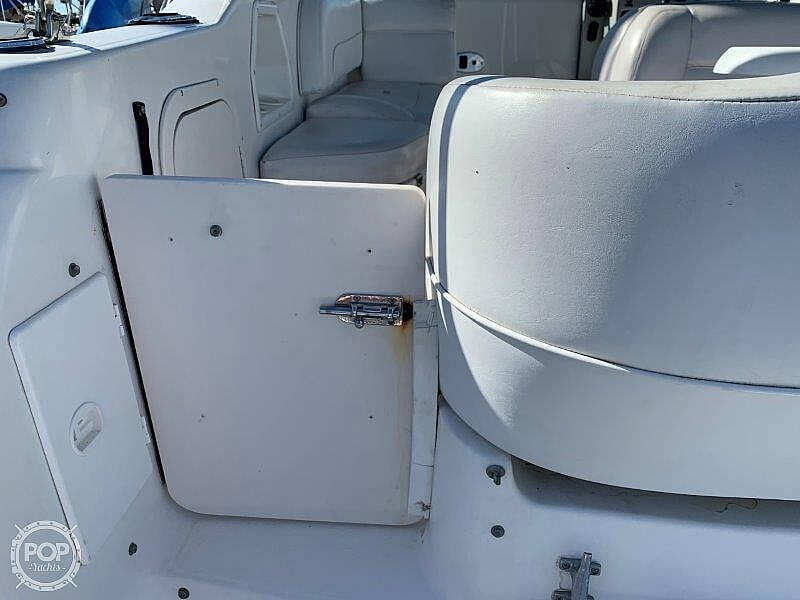2000 Chaparral boat for sale, model of the boat is Signature 240 & Image # 34 of 40