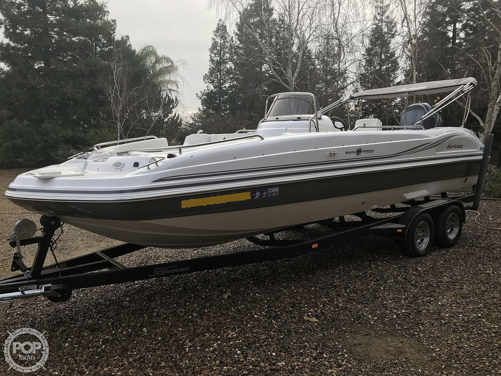 2014 Hurricane boat for sale, model of the boat is 231 Sundeck Sport & Image # 2 of 41