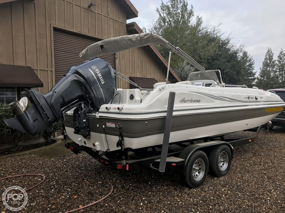 2014 Hurricane boat for sale, model of the boat is 231 Sundeck Sport & Image # 3 of 41