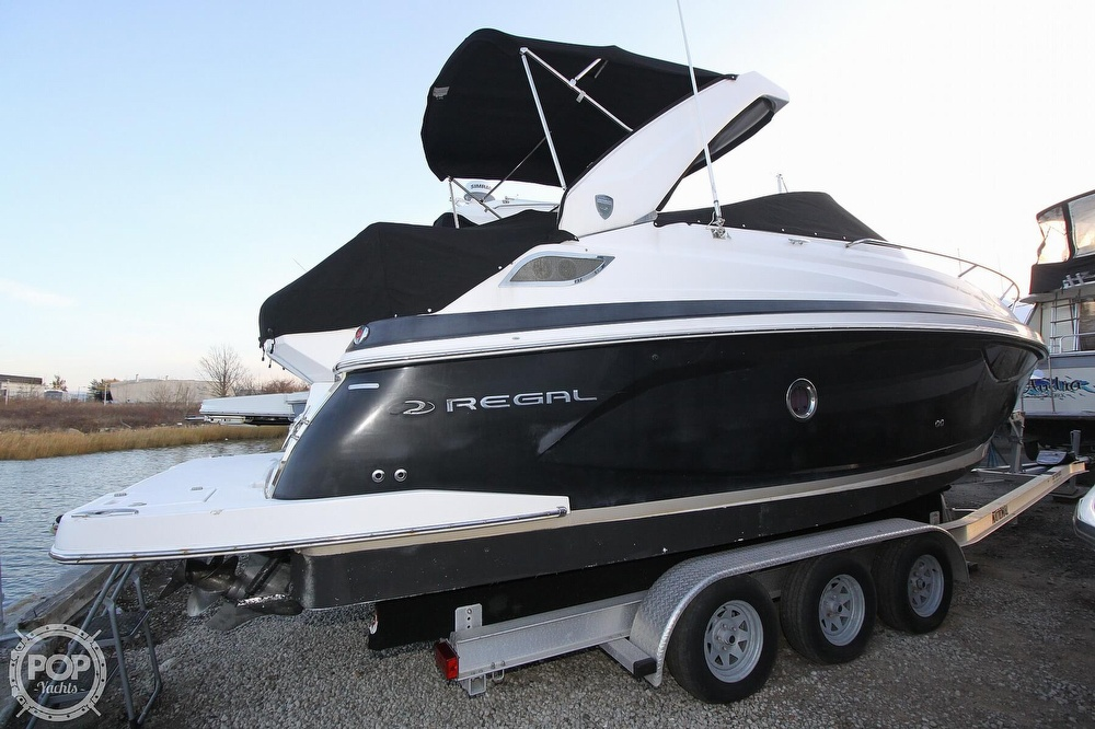 2016 Regal boat for sale, model of the boat is 28 Express & Image # 20 of 40