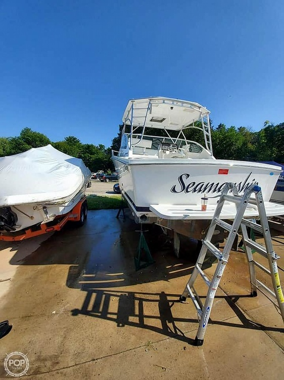 2006 Luhrs boat for sale, model of the boat is 28 Fisherman & Image # 17 of 41