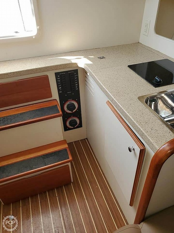 2006 Luhrs boat for sale, model of the boat is 28 Fisherman & Image # 20 of 41