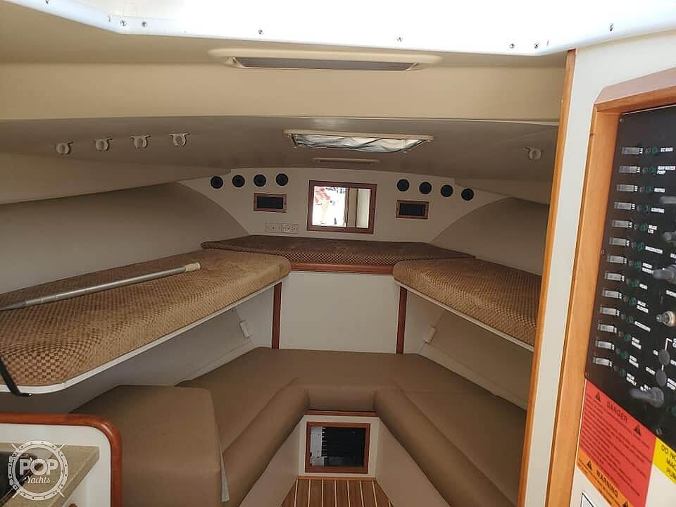 2006 Luhrs boat for sale, model of the boat is 28 Fisherman & Image # 25 of 41