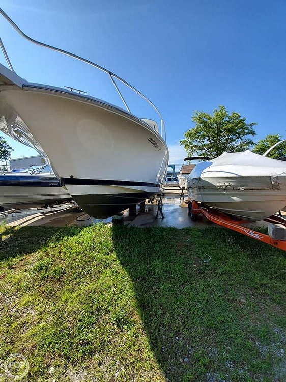 2006 Luhrs boat for sale, model of the boat is 28 Fisherman & Image # 8 of 41