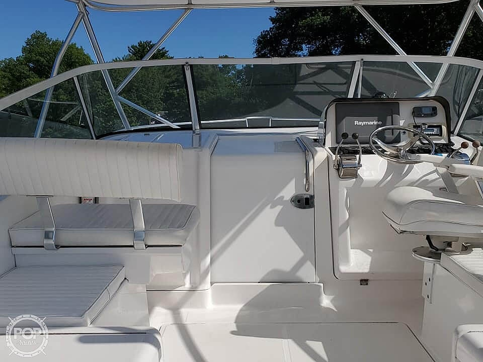 2006 Luhrs boat for sale, model of the boat is 28 Fisherman & Image # 11 of 41