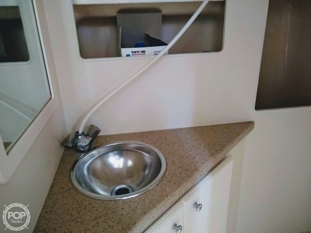 2006 Luhrs boat for sale, model of the boat is 28 Fisherman & Image # 34 of 41