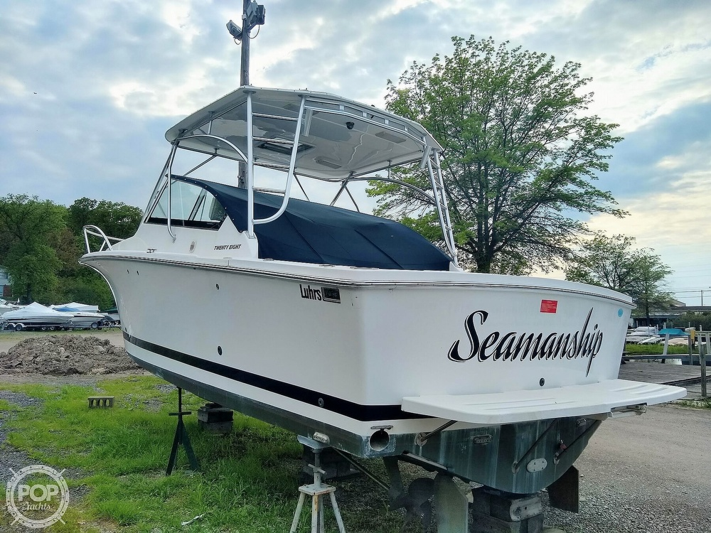 2006 Luhrs boat for sale, model of the boat is 28 Fisherman & Image # 2 of 41